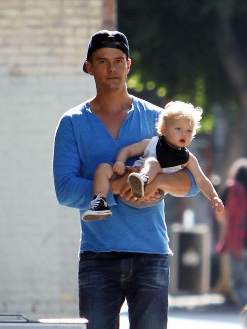Josh Duhamel & Axl Visit Fergie On-Set