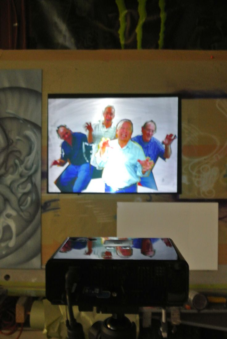 25 best images about art projectors on pinterest digital for Best projector for mural painting