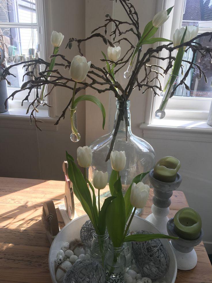 Leuke versiering voor de paas simpel en eenvoudig tulpen