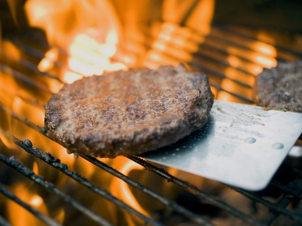 The Best and Worst Foods for a Cookout