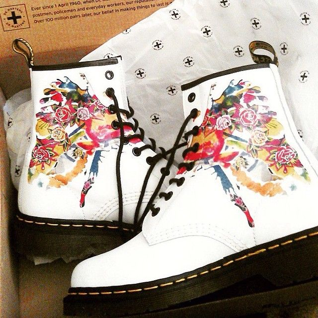 One-of-a-kind Dr. Martens boots shared by @libbysscribbles on Instagram.