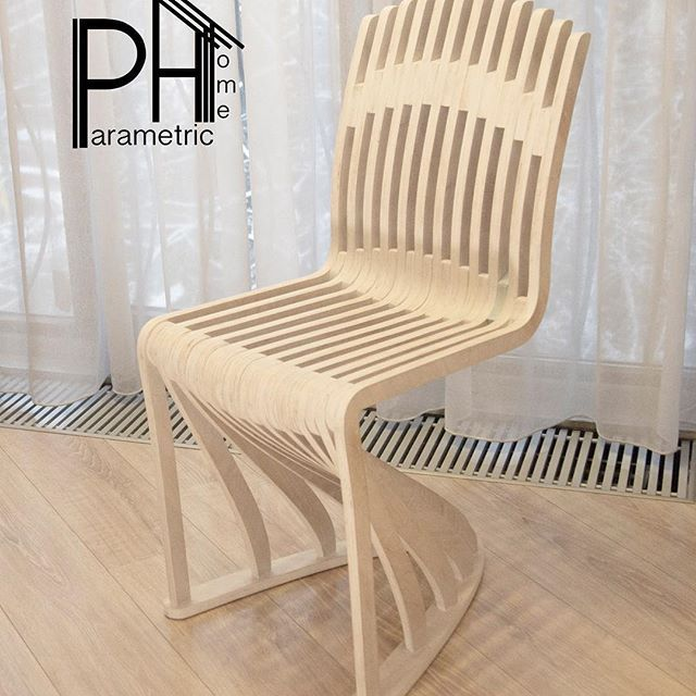 Стул Белый параметрический модель <LUA> , из фанеры обработан маслом BIOFA ,The chair is parametric <LUA> , plywood with BIOFA oil. Алматы +77072207261 phhome@mail.ru #paramrtrica ,  #chair #almatymebel #алматыдизайн #алматымебель #ph #параметрика #параметрикхом #poliwood #фанера #декордлядома #дизайнерскаямебель #furniture #designs #интерьер #дизайнерскаямебель #grashopper #rhino #студиадизайна #parametric #paramparca  #design # #almaty #дизайналматы #параметрическийдизайн…