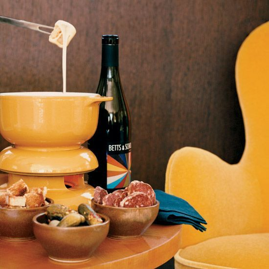Classic Cheese Fondue // More Fondue Recipes: http://www.foodandwine.com/recipes/classic-cheese-fondue #foodandwine #vday #valentines