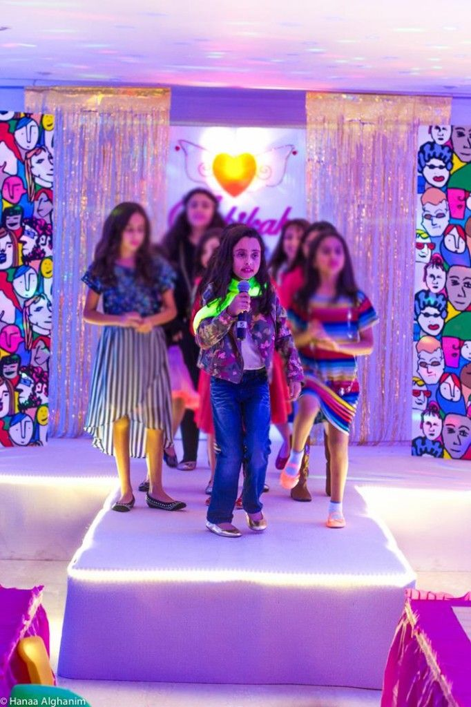 A Fashion Show Birthday Party With Lots of Really Cute Ideas via Kara's Party Ideas | KarasPartyIdeas.com #FashionRunway #FashionShowParty #NeonParty #PartyIdeas #Supplies (12)