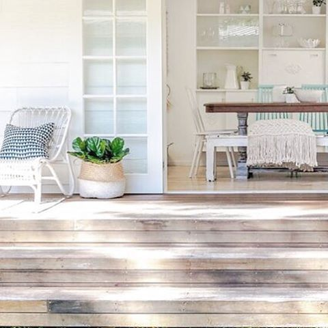Bench seat LOVIN ✌️ allot happens on these stairs down to the grass! Cocktail hour, Kids table for summer dinners, they're big enough to lounge back on with a couple of pillows... It's Kinda like our own stadium seating. #bringonsummerholidays #pearlbeachshackreno #threebirdsfamily Best use of this space  white cane chair and basket @hamptons_at_home_sydney