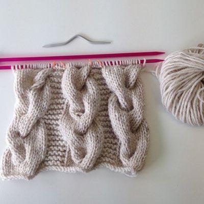 Les 25 meilleures id es de la cat gorie grille tricot sur pinterest jacquard pattern - Tricoter une echarpe facilement ...