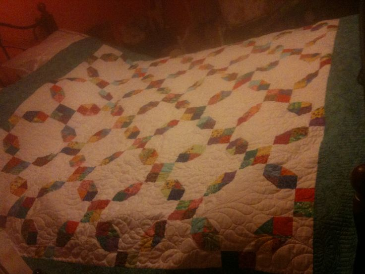 Irish chain quilt for kristines 30th birthday the quilting is great on this