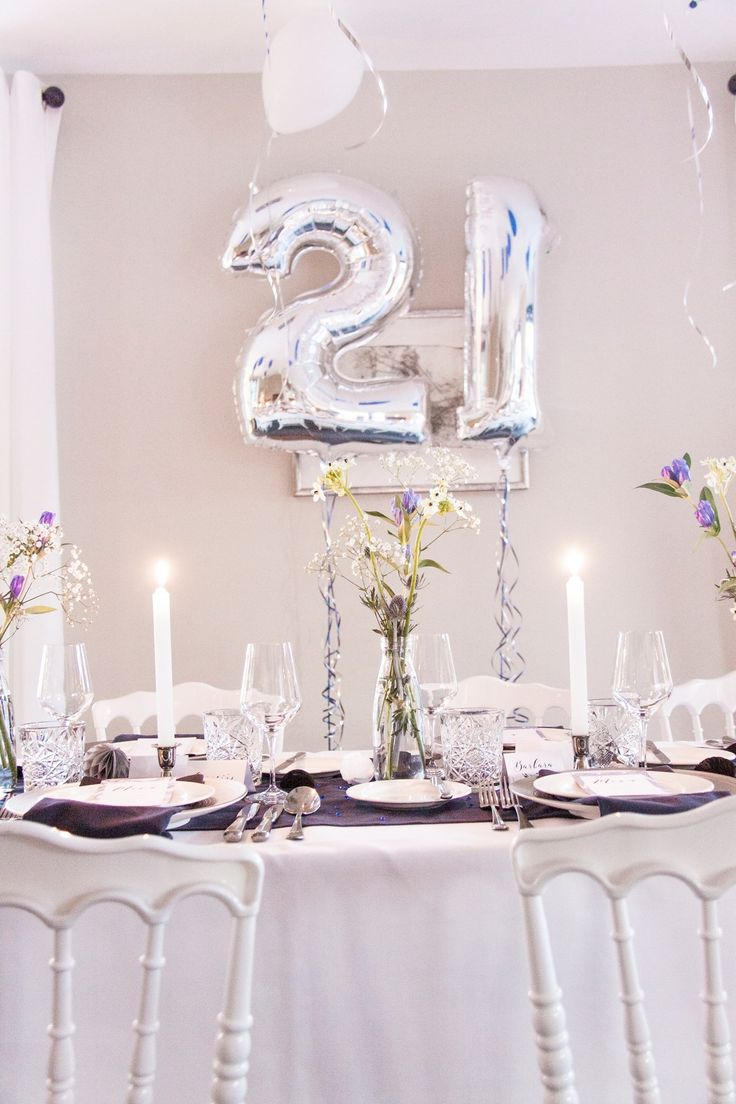21 Diner, Styling, tabel setting, table decorating, by Emily Huberts