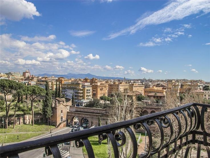 Eclectic apartment in Rome, San Giovanni | Any Cities In Rome Apartment  Home for Sales. Rome ApartmentCity LifeHomes ...