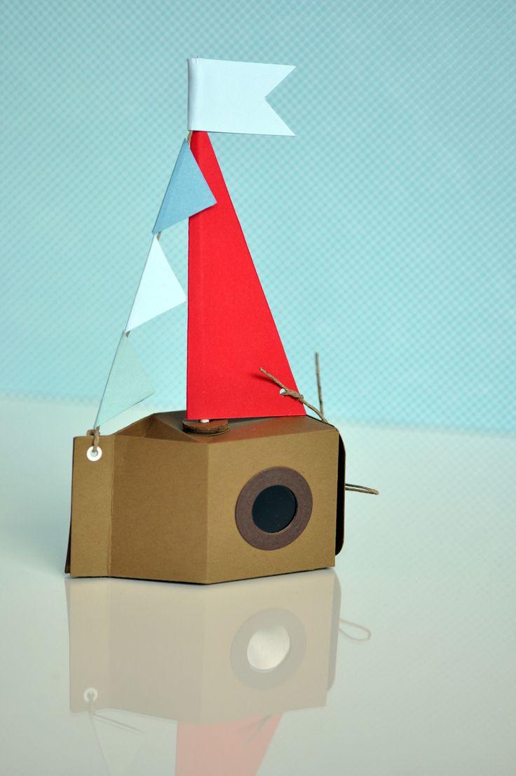die besten 25 papierschiffe basteln mit kindern ideen auf pinterest basteln mit papier schiff. Black Bedroom Furniture Sets. Home Design Ideas