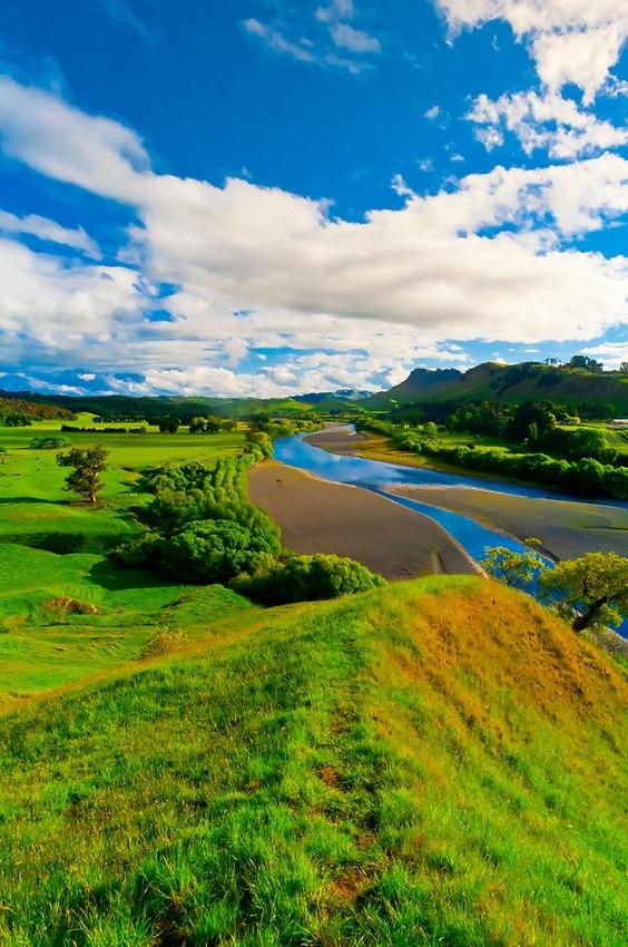 Tuki Tuki Hills