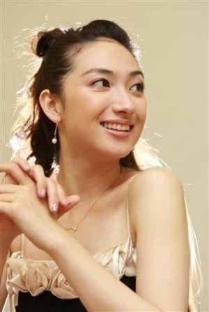 Yu Kashi 香椎由宇