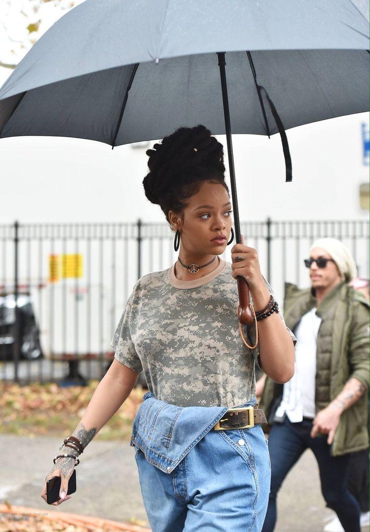 November 9: Rihanna on set filming Ocean's 8