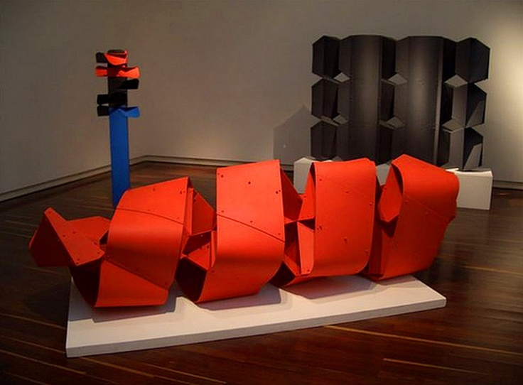 Edgar Negret, (October 11 1920, Popayán, Colombia — October 11 2012, Bogotá, Colombia) was a modern Latin American abstract sculptor. He attended the School of Fine Arts in Cali, Colombia. Initially working in stone in styles reminiscent of European modernists like Jean Arp and Constantin Brâncuși; by the early 1950s, he began working in metal in constructivist tradition. In 1955, his art was acquired by the Museum of Modern Art.