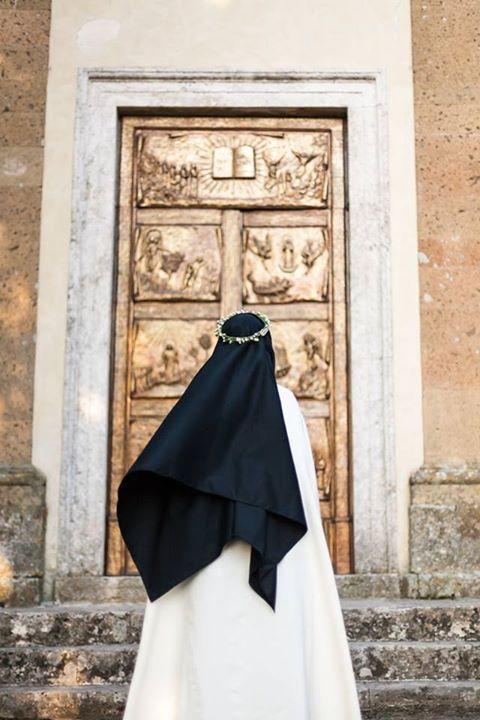 Carmelites habits are stunning