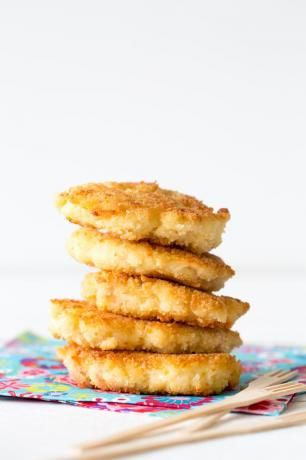 Croquettes de coquillettes au jambon et à l'emmental