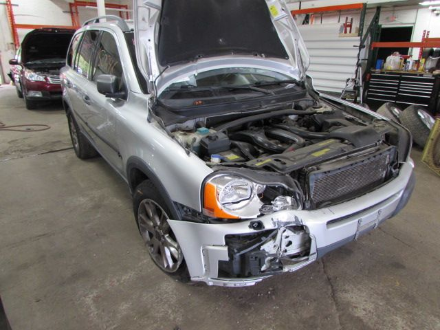 Parting out 2004 Volvo XC90 – Stock # 150246 « Tom's Foreign Auto Parts – Quality Used Auto Parts