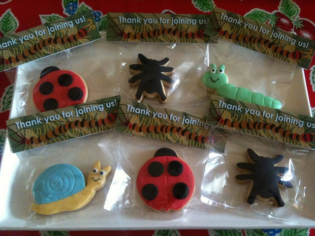 Take home vanilla cookies with fondant detail | Flickr - Photo Sharing!