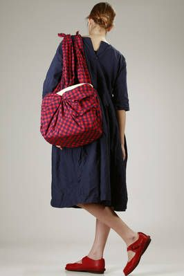 Daniela Gregis | big shopper bag in hand-knitted palm leaves wrapped in a cotton vichy canvas | #danielagregis