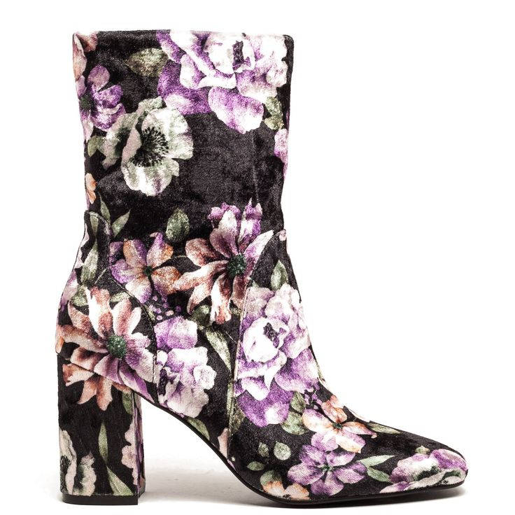 Black bootie with flowers