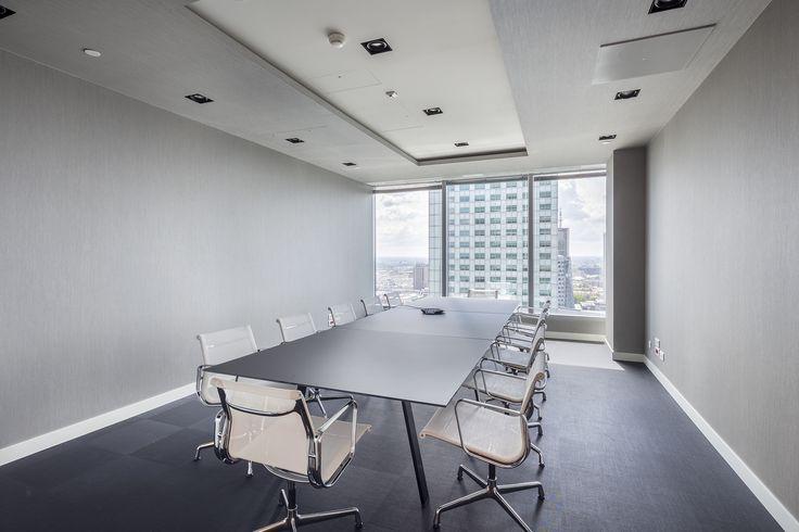 Biuro BZ WBK Santander TFI w Warsaw Financial Center, ul. Emilii Plater 53