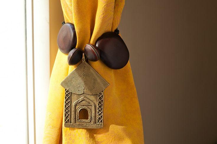 Embrasses de rideaux maison sculptée