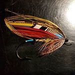 Childers tied on a 5/0 Sprite hook. #salmonflies #laxfiske #flugbindning #classicsalmonflies #flytying #laxflugor #semperfliflytying #flyjunkie #flytyingaddict