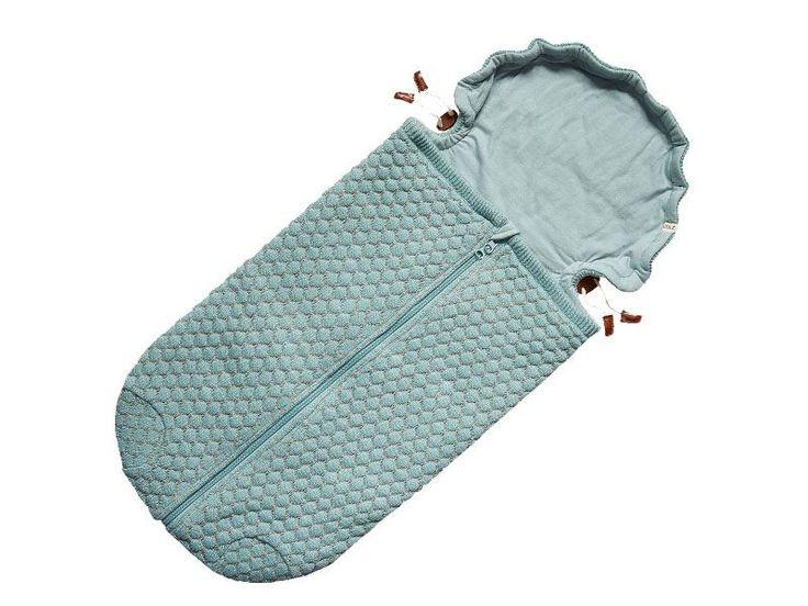 Il morbidissimo sacco nanna Joolz Essentials avvolge il bimbo 0-6 m e lo protegge dall'umidità. Come il lenzuolo, il coprimaterasso, la coperta e la copertina-telo fasciante multiuso, anche il sacco nanna è 100% naturale, in fibra di cotone biologico. Scopri anche gli altri 4 prodotti per la nanna della nuova Linea Joolz Essentials sul nostro ecommerce! Info qui:http://ndgz.it/sacco-nanna-joolz-essentials #joolz #essentials #nanna #neonati #bambini #accessori #passeggino