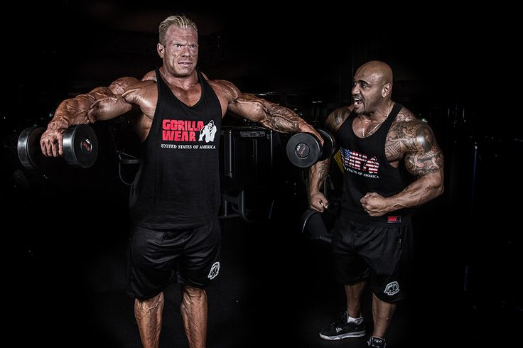 Gorilla Wear Athlete Dennis James(right) is weaint the USA Tank Top and Oversized Athlete Shorts. Dennis Wolf(left) is wearing the Classic Tank Top with the Oversized Athlete Shorts.