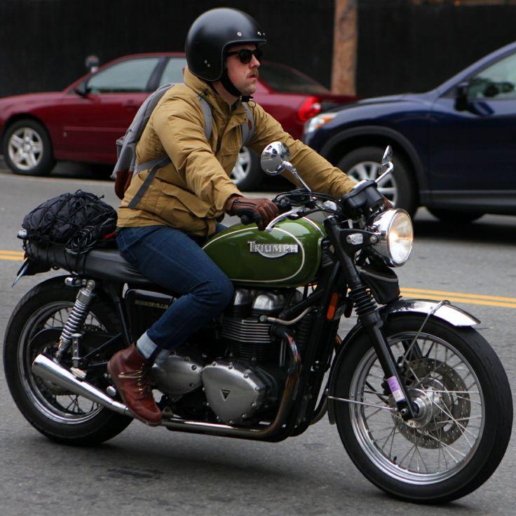 Beautiful Green Triumph Bonneville