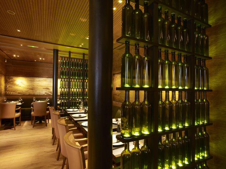 https://i.pinimg.com/736x/16/fe/8c/16fe8c5b16d69a5cba549e9b4a44582f--restaurant-interior-design-restaurant-interiors.jpg