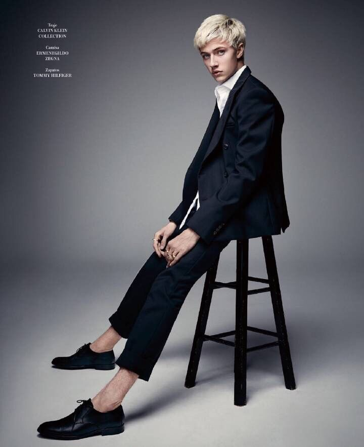 Lucky Blue for Icon El País