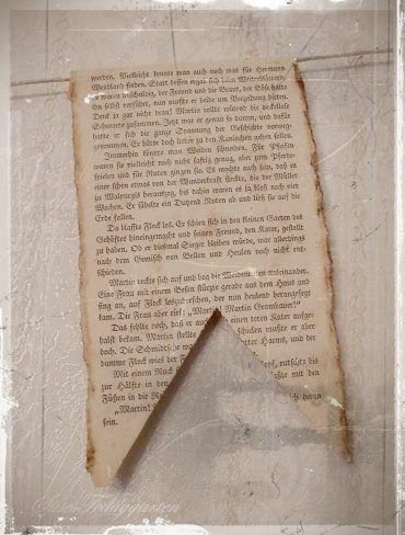 Wimpel aus alter Buchseite
