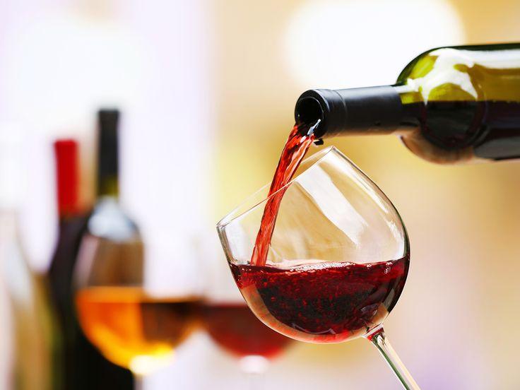 City Break cu degustare de vin la #Praga Cel mai mare #festival de vin din Europa Centrala axat pe #degustare de vin autentic ! Perioada: 31 Mai- 4 Iunie 2017 http://bit.ly/2q95fPB