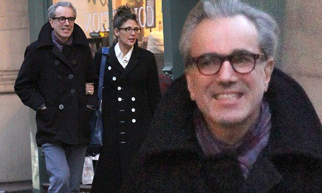 Daniel Day-Lewis and wife Rebecca Miller take a rare romantic stroll