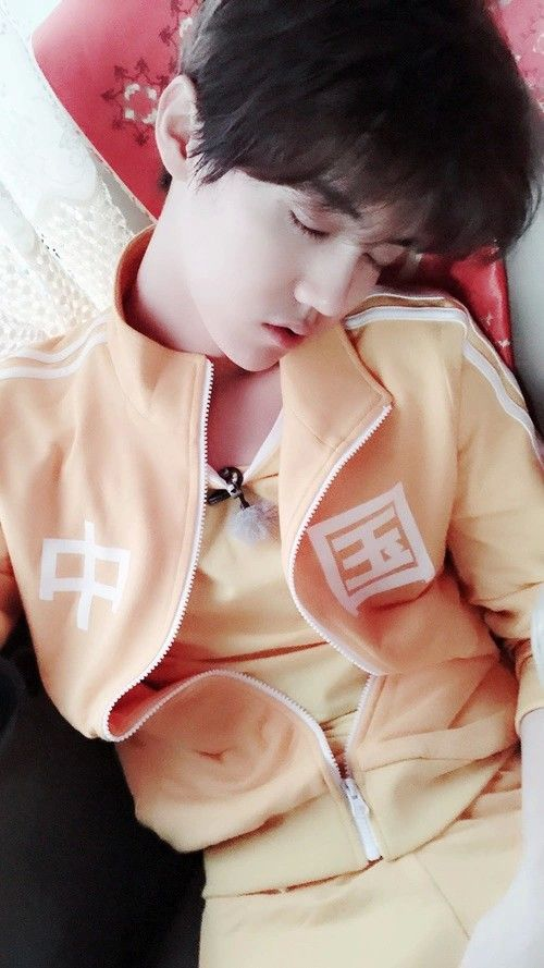Lulu is literally damn cute when he is sleeping..he could actually kill many people if he is going to post more of himself sleeping.. lol