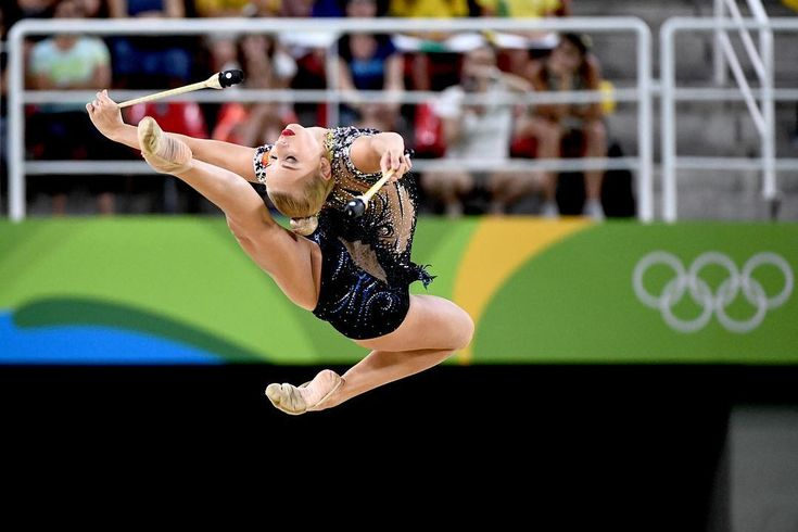Yana Kudryavtseva (Russia), Olympic Games (Rio) 2016 (her clubs were just perfect, but at the last second she dropped a club and ... only silver)