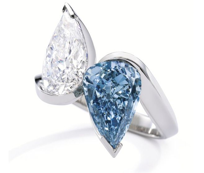 alexandre reza blue and white diamond ring set in platinum
