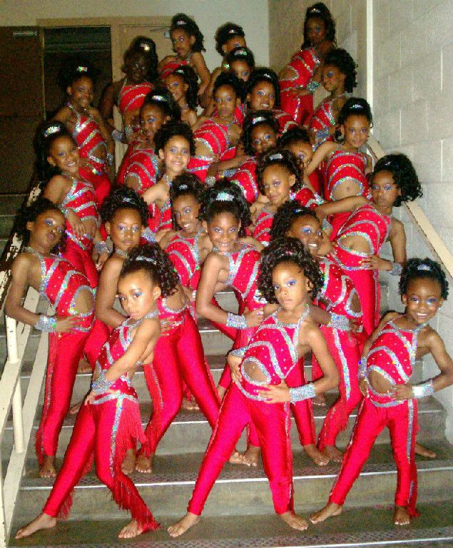 Ythis is the babay dancing dolls