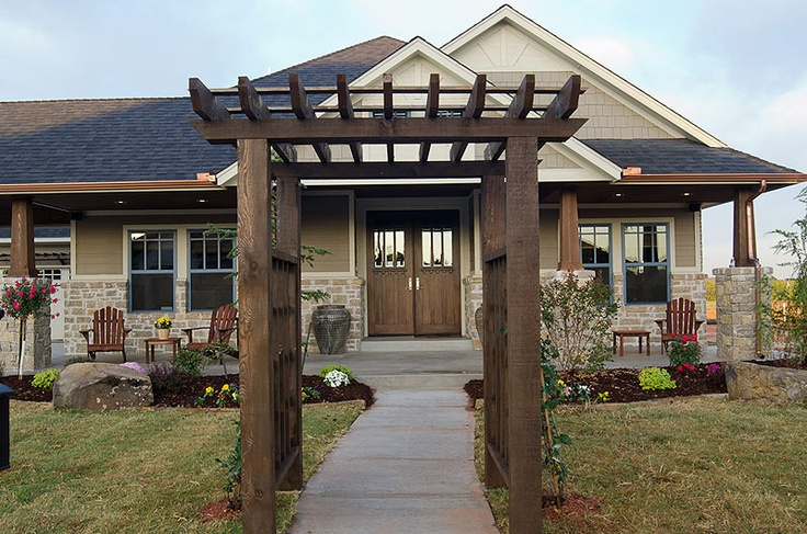 17 best images about porches we love on pinterest san for Craftsman style homes in okc