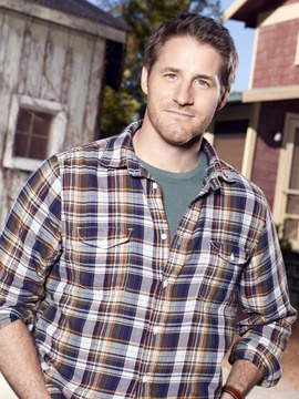 """sam jaeger. . . .Parenthood. <3  The flannel and the stubble, he just screams """"manly"""""""