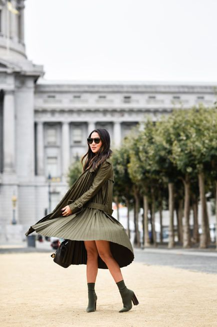 San Francisco Love :: Pleated trench & Knit boots