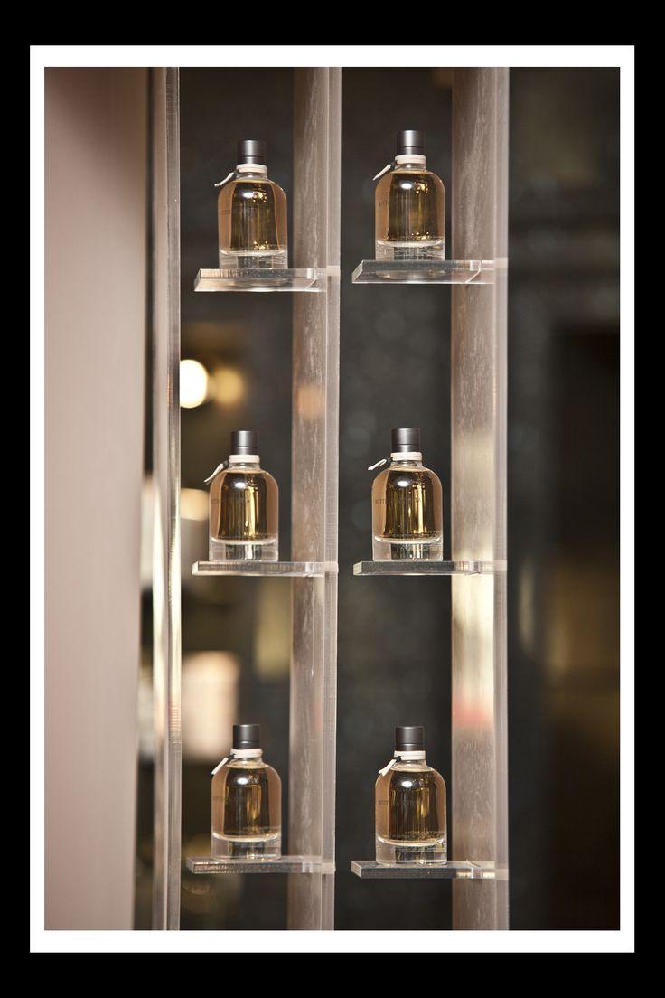 Bottega Veneta #visual #merchandising #elemental #design #beauty #fragrance #bottega #veneta