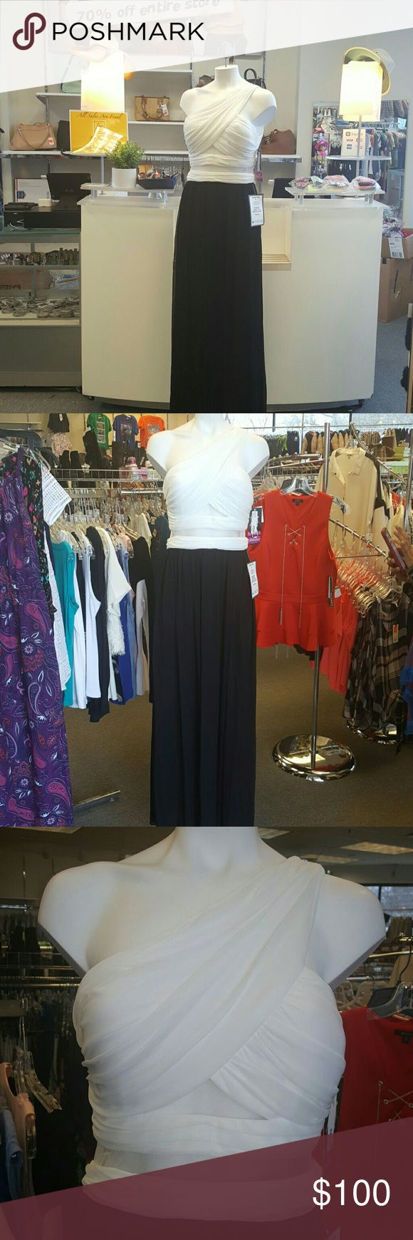 Blondie Nites Black And White Maxi Dress Brand new with tags Prom dress Blondie Nites Dresses Maxi