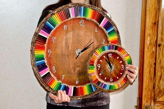 MAXI orogogio da muro in legno con colori arcobaleno by NukeMapu