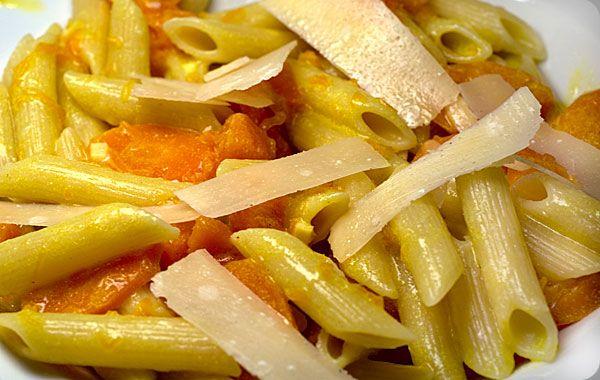 Penne mit Karotten-Kürbis-Sauce