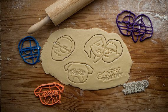 Discover our custom-made cookie cutters! Inspired by your photographs, created by a team of crafty graphic designers and produced with cutting edge 3D