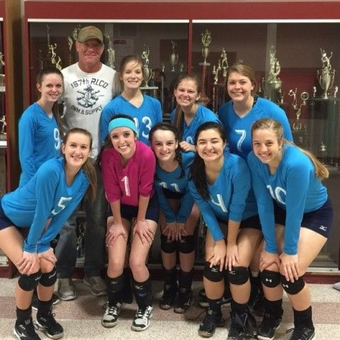 Hey, It's Creepy Old Brett Favre -- Brett Favre and some young girls? You bet. Actually, it appears to be Brett with his daughter's high school volleyball team, so it's only semi-creepy.