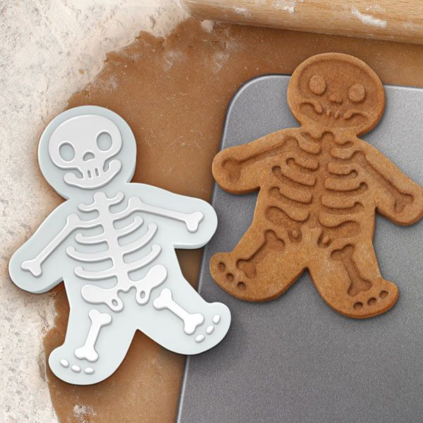 gingerdead menHalloween Parties, Skeletons Cookies, Gingerdead Men, Gingerdeadmen, Cookiecutters, Men Cookies, Cookies Cutters, Cookie Cutters, Gingerbread Man