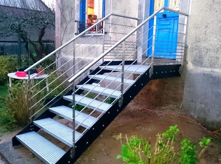 25 best ideas about escalier m tallique on pinterest escalier bois escalier tournant and haus. Black Bedroom Furniture Sets. Home Design Ideas